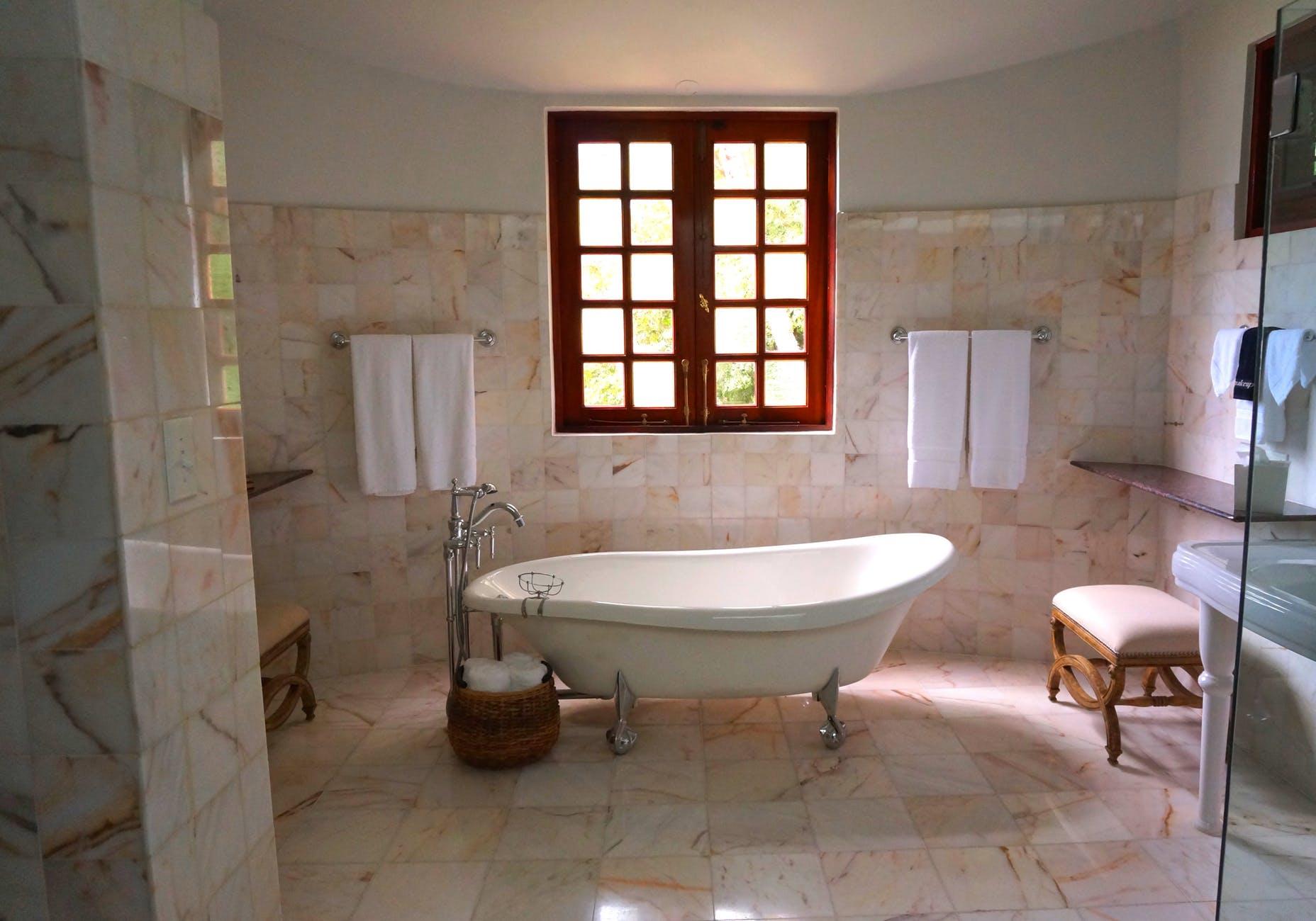 la tendance de carrelage de salle de bain 2018 carrelage. Black Bedroom Furniture Sets. Home Design Ideas